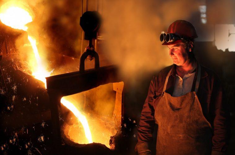 Stahlarbeiter gewinnen Multi-Millionen-Jackpot