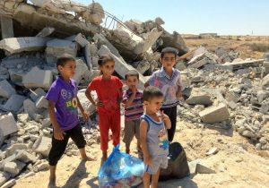 Kinder im Schutt in Palästina