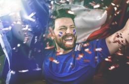 Frankreich-Fan im Jubel