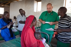 Malaria-Therapien für Kinder im Sudan